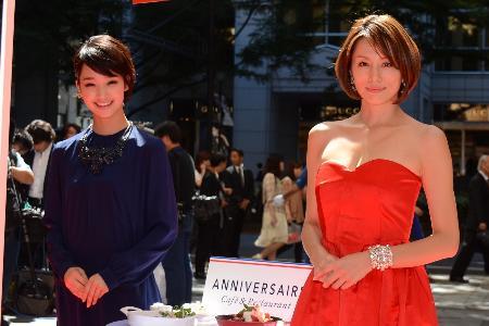剛力彩芽さんと赤ドレスの米倉涼子