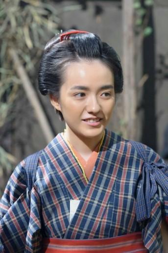 時代劇中の小島藤子。