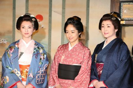 NHK大河ドラマ「花燃ゆ」の奥御殿編で共演する(左から)田中麗奈、井上真央、松坂慶子