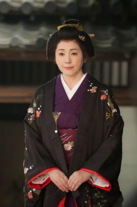 毛利敬親の正室、都美姫役の松坂慶子
