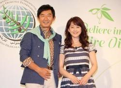石田純一(左)と相田翔子