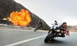トム・クルーズ、体当たりなバイクアクションのメイキングが公開 画像1