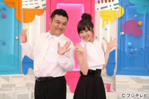 HKT48の指原莉乃(左)と山崎弘也
