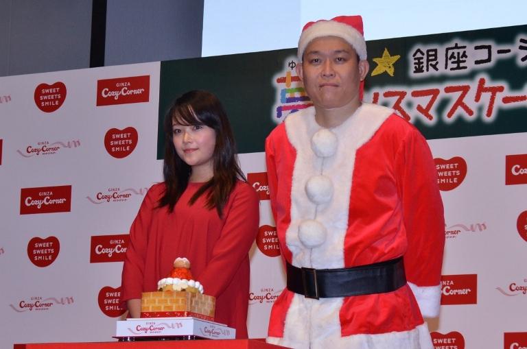 イベントに出席した草刈麻有(左)と千原せいじ