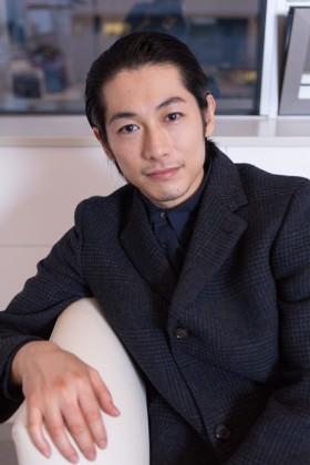俳優デビュー10周年を迎えたDEAN FUJIOKA(ディーン・フジオカ)