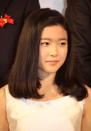 新人賞を受賞した藤野涼子