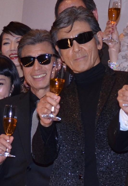 タカ役の舘ひろし(左)とユージ役の柴田恭兵
