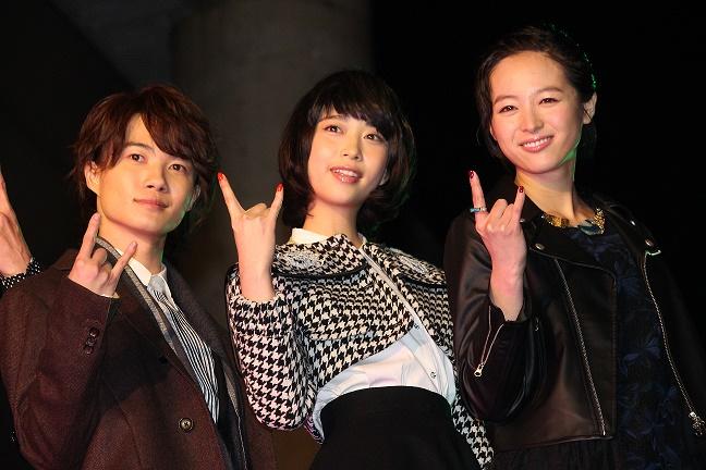 (左から)神木隆之介、森川葵、清野菜名