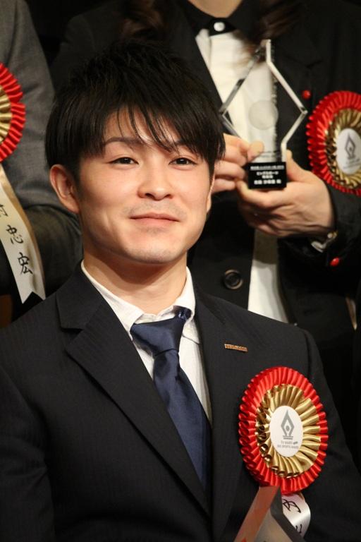 「ビッグスポーツ賞」を受賞した内村航平選手