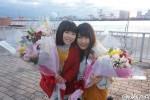 MVに出演した平澤宏々路(左)と有村架純