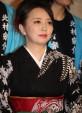 宗介の妻レイ子を演じる高橋由美子