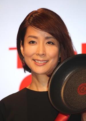 T-falの新商品発表会に出席した内田恭子