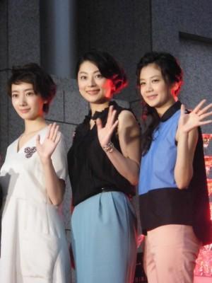(左から)波瑠、小池栄子、清水富美加