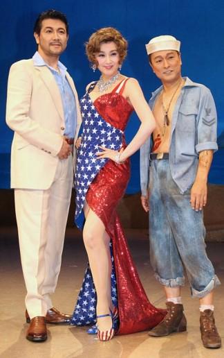 (左から)別所哲也、藤原紀香、太川陽介