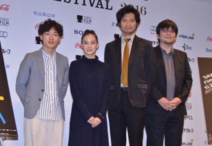 (左から)松居大悟監督、蒼井優、青木崇高、細田守監督