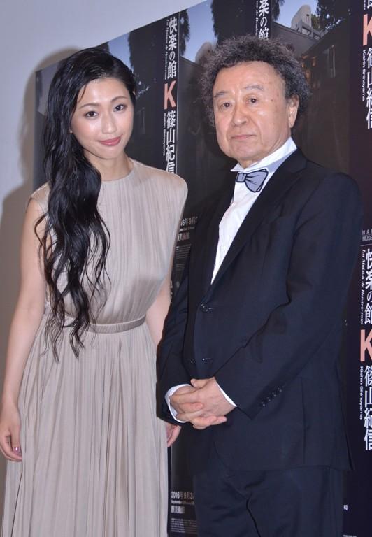 壇蜜(左)と篠山紀信氏