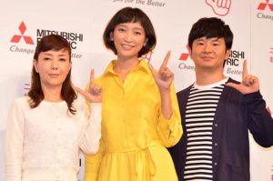 イベントに出席した(左から)戸田恵子、杏、若林正恭