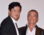 陣内孝則監督(左)と柳葉敏郎