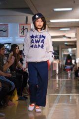 高橋愛 小学校でのファッションショーに登場! スパガ田中美麗や荒井レイラも 画像1