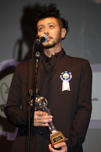 最優秀男優賞を受賞したオダギリジョー