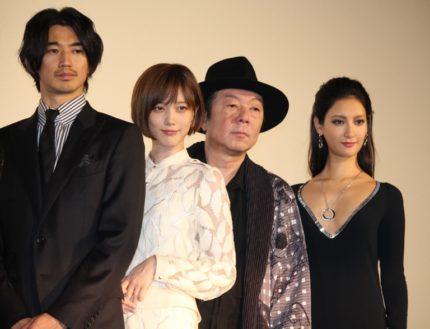 (左から)瑛太、本田翼、古田新太、菜々緒