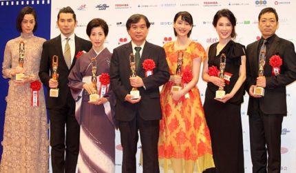 (左から)市川実日子、本木雅弘、松原智恵子、片渕須直監督、のん、筒井真理子、香川照之