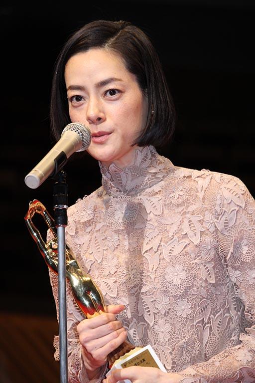 『シン・ゴジラ』の演技で女優助演賞を受賞した市川実日子