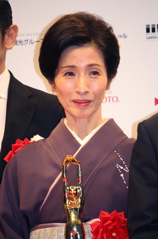 松原智恵子、女優56年目で「田中...
