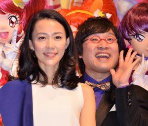 木村佳乃(左)と山里亮太(南海キャンディーズ)