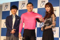 (左から)若林正恭、春日俊彰、内田理央
