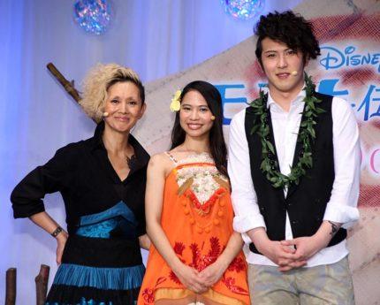 (左から)夏木マリ、屋比久知奈、尾上松也