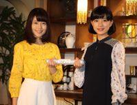 """朝ドラヒロインの""""バトン""""を引き継いだ有村架純(左)と芳根京子"""