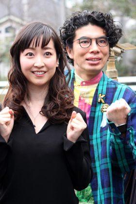黒川智花(左)と片桐仁