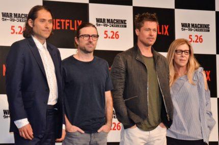 (左から)ジェレミー・クライナープロデューサー、デビッド・ミショッド監督、ブラッド・ピット、デデ・ガードナープロデューサー